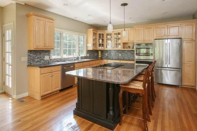 62 Bridge Street, Medfield, MA 02052 (MLS #72899279) :: Cape Cod and Islands Beach Properties