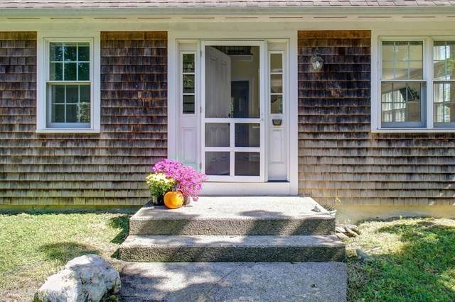 128 Maple Ave, Little Compton, RI 02837 (MLS #72899686) :: The Smart Home Buying Team