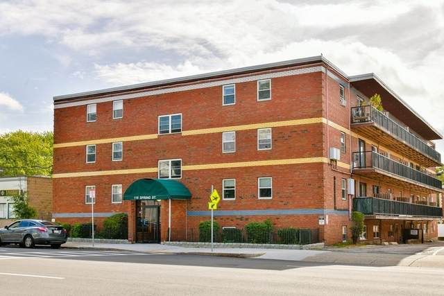116 Spring St D1, Boston, MA 02132 (MLS #72899858) :: Conway Cityside