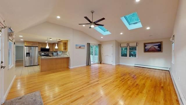 16 Saint Dennis Dr, Westwood, MA 02090 (MLS #72900921) :: Primary National Residential Brokerage