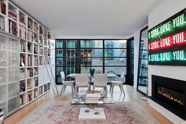 580 Washington Street #710, Boston, MA 02111 (MLS #72904011) :: The Smart Home Buying Team