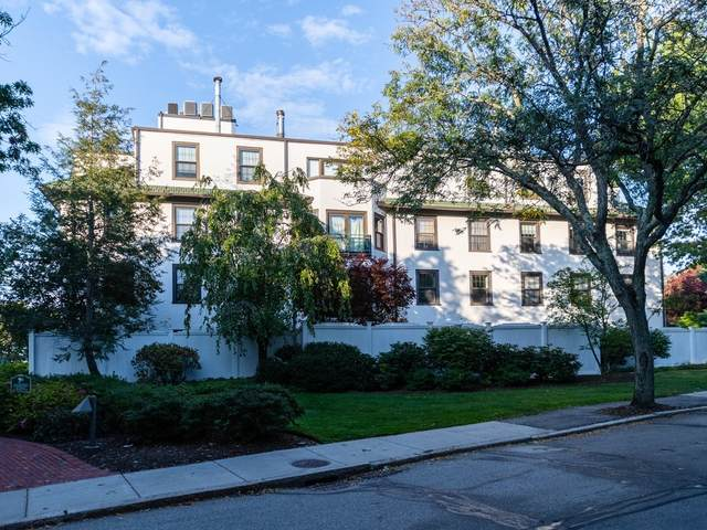 227 Summit Ave W303, Brookline, MA 02446 (MLS #72904756) :: The Smart Home Buying Team