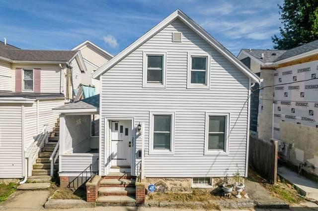 202 Cedar St, New Bedford, MA 02740 (MLS #72907268) :: RE/MAX Vantage