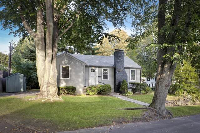 15 Mohawk Road, Marblehead, MA 01945 (MLS #72907395) :: The Smart Home Buying Team
