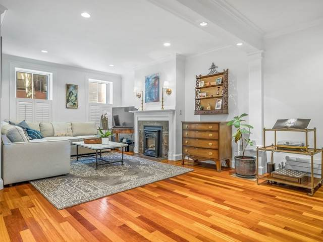 40 South Russell Street Unit 1, Boston, MA 02114 (MLS #72908377) :: Welchman Real Estate Group