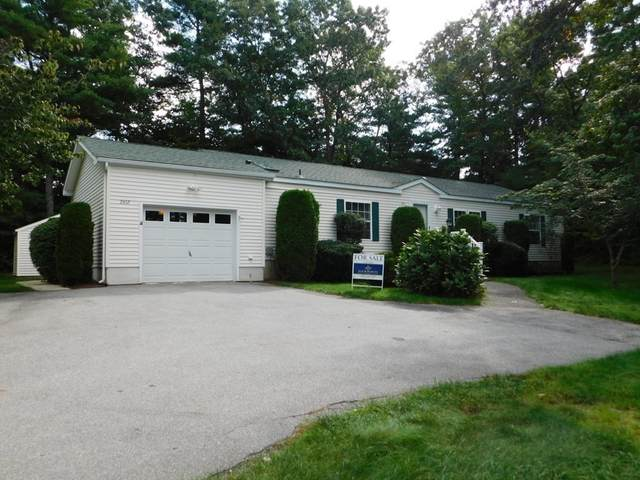 2612 Oak Point Dr, Middleboro, MA 02360 (MLS #72908758) :: Cape Cod and Islands Beach Properties