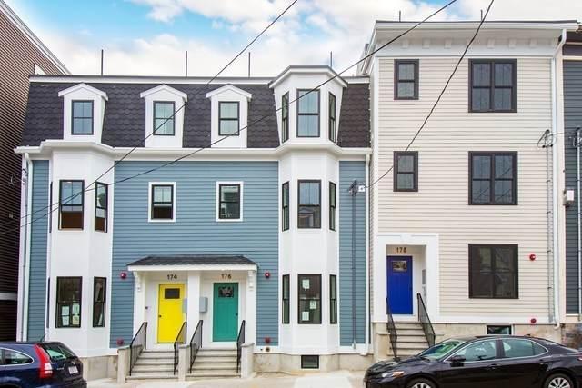 176 W Seventh Street #2, Boston, MA 02127 (MLS #72908961) :: Chart House Realtors