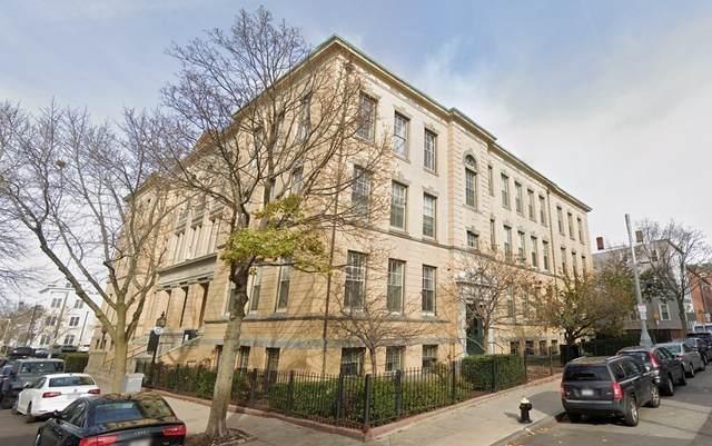 350 W 4Th St #108, Boston, MA 02127 (MLS #72908980) :: Chart House Realtors