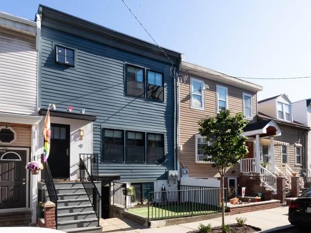 9 Emmons Street, Boston, MA 02128 (MLS #72909005) :: Charlesgate Realty Group