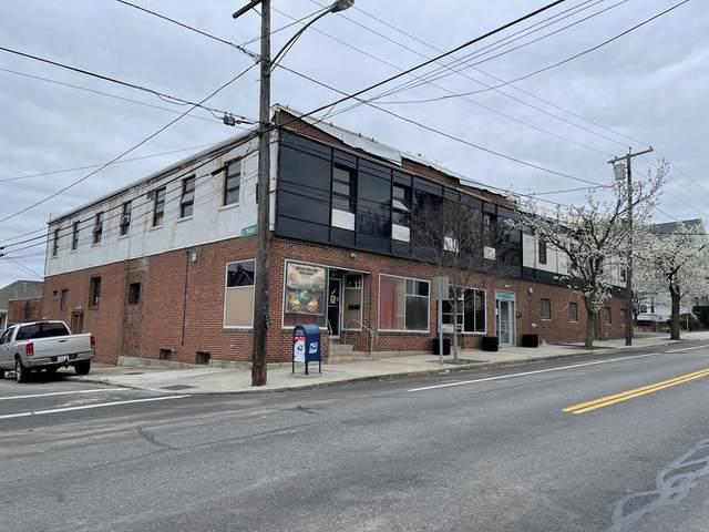 150 Warren Avenue, East Providence, RI 02914 (MLS #72909071) :: Westcott Properties