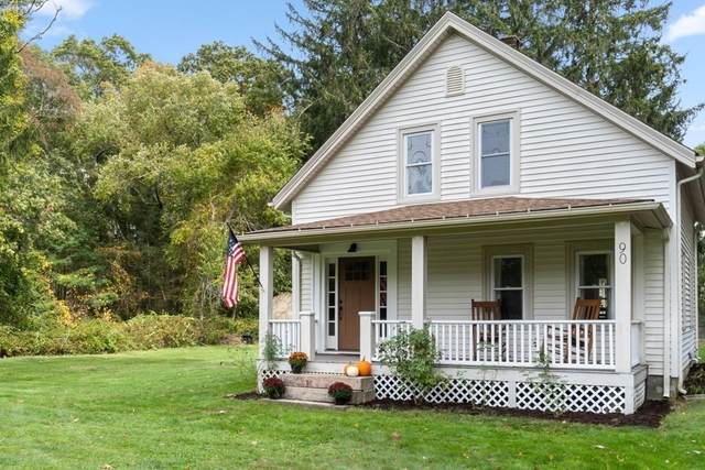 90 County Rd, Marion, MA 02738 (MLS #72909969) :: Welchman Real Estate Group
