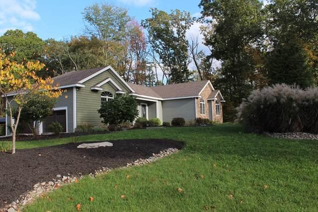 425 Iron Mine Hill Rd, North Smithfield, RI 02896 (MLS #72910397) :: Westcott Properties