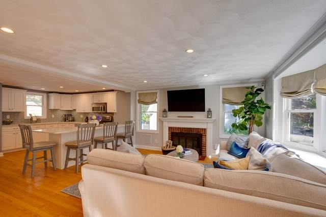 8 Nichols Road, Reading, MA 01867 (MLS #72910433) :: Zack Harwood Real Estate | Berkshire Hathaway HomeServices Warren Residential
