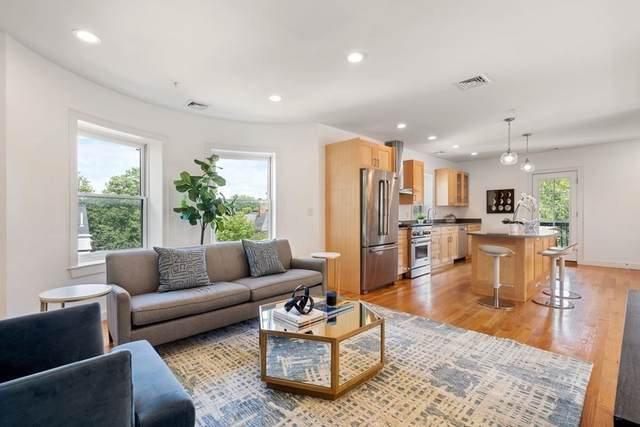 97 Fuller Street Ph, Brookline, MA 02446 (MLS #72911365) :: Zack Harwood Real Estate | Berkshire Hathaway HomeServices Warren Residential