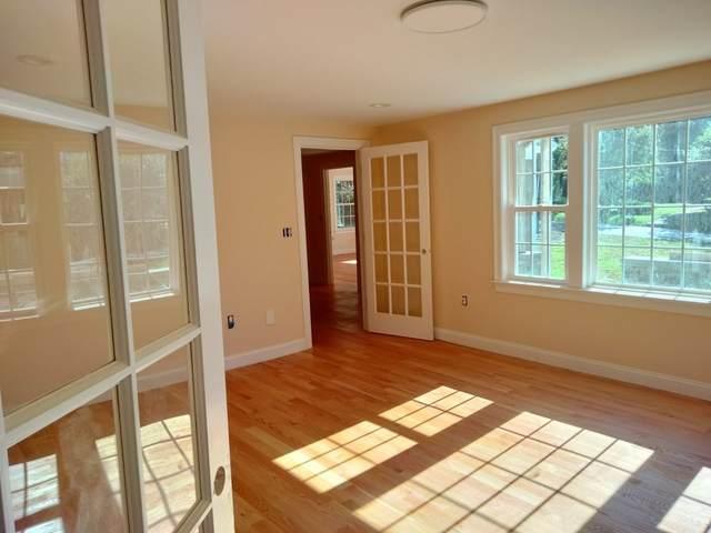 26 Woodleigh Rd, Dedham, MA 02026 (MLS #72912254) :: Westcott Properties