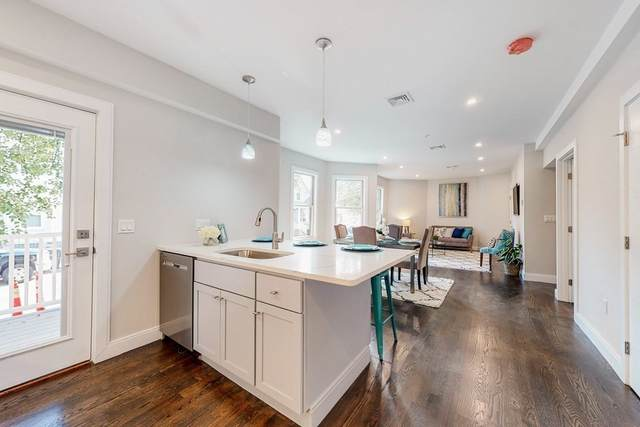 10 Wigglesworth Street #3, Somerville, MA 02145 (MLS #72912297) :: DNA Realty Group