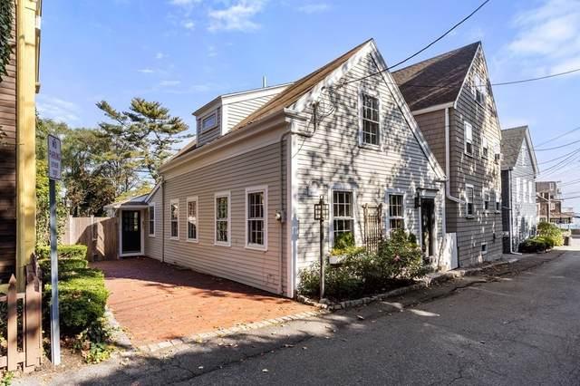 7 Circle Street, Marblehead, MA 01945 (MLS #72912889) :: Kinlin Grover Real Estate