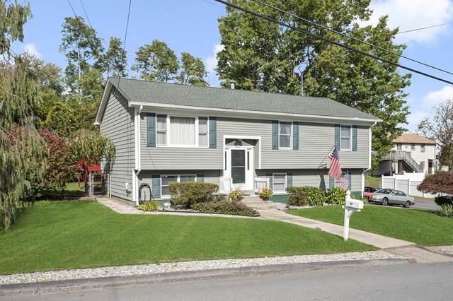 107 Leading St, Johnston, RI 02919 (MLS #72912911) :: Kinlin Grover Real Estate