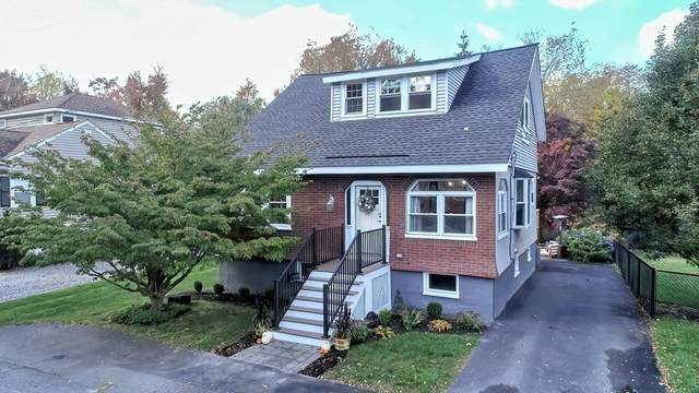 9 Maple Ave, Wakefield, MA 01880 (MLS #72912956) :: Primary National Residential Brokerage