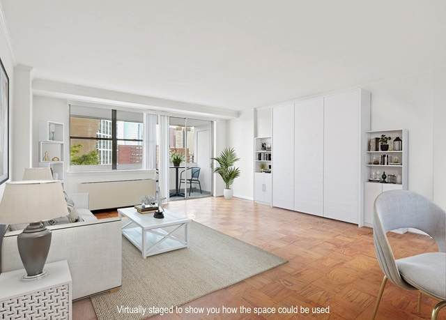 6 Whittier Pl 8F, Boston, MA 02114 (MLS #72913094) :: The Gillach Group