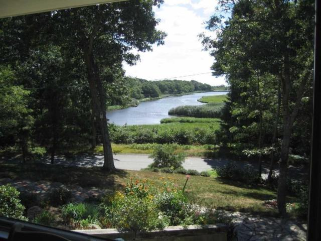 180 River View Ln, Barnstable, MA 02632 (MLS #72216213) :: Goodrich Residential