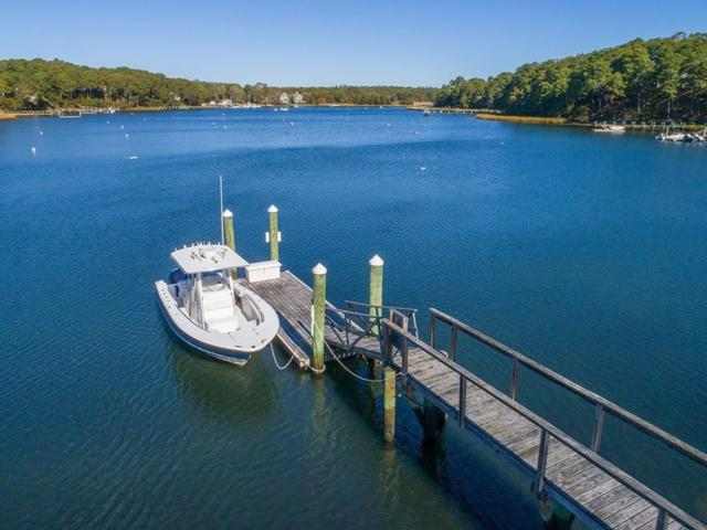 240 Baxters Neck Road, Barnstable, MA 02648 (MLS #72265373) :: Goodrich Residential