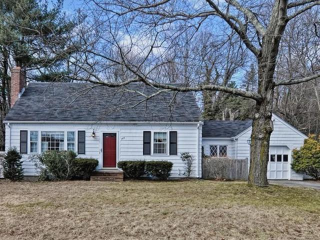 985 High Street, Westwood, MA 02090 (MLS #72284214) :: Commonwealth Standard Realty Co.