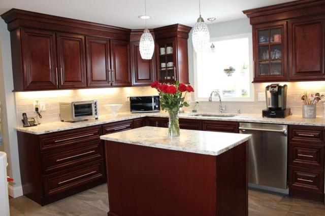 41 Pilgram Ave, East Providence, RI 02916 (MLS #72285369) :: Westcott Properties