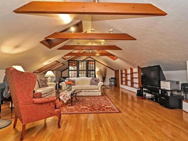 48 Hollis Ph4, Newton, MA 02458 (MLS #72290803) :: Westcott Properties