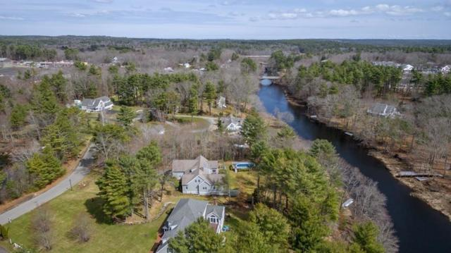 142 River Rd, Hanover, MA 02339 (MLS #72304518) :: Apple Country Team of Keller Williams Realty