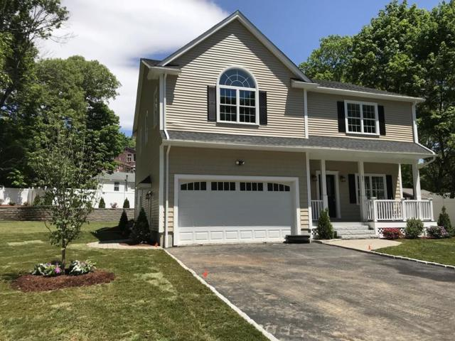 37 Bradford St, Waltham, MA 02451 (MLS #72332728) :: Driggin Realty Group