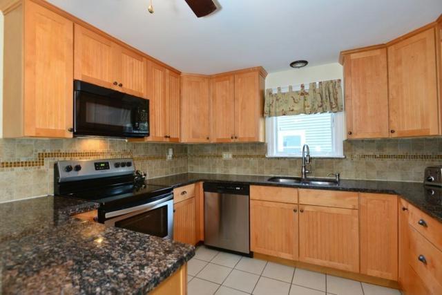 135 New Rd, East Providence, RI 02916 (MLS #72419343) :: Westcott Properties