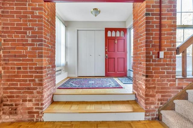 124 College St #18, South Hadley, MA 01075 (MLS #72422784) :: Local Property Shop