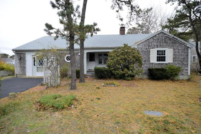 44 West St, Dennis, MA 02639 (MLS #72422934) :: The Goss Team at RE/MAX Properties