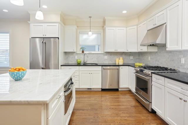 114 Davis Ave #1, Brookline, MA 02445 (MLS #72424282) :: Welchman Real Estate Group | Keller Williams Luxury International Division