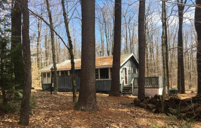 84 Whistling Arrow Ln, Becket, MA 01223 (MLS #72466331) :: Apple Country Team of Keller Williams Realty