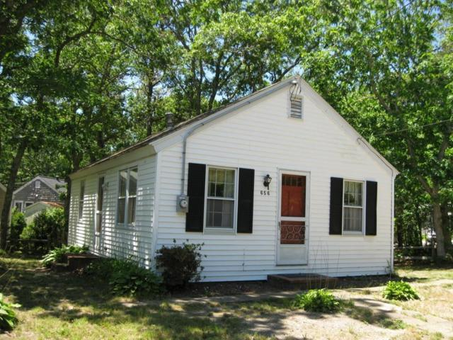 656 Main, Dennis, MA 02660 (MLS #72474925) :: RE/MAX Vantage