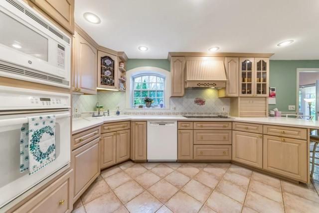 55 Eastland Rd, Longmeadow, MA 01106 (MLS #72502928) :: NRG Real Estate Services, Inc.