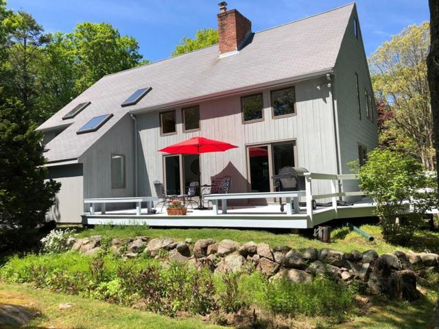 16 Loading Place Rd, Manchester, MA 01944 (MLS #72503968) :: Apple Country Team of Keller Williams Realty