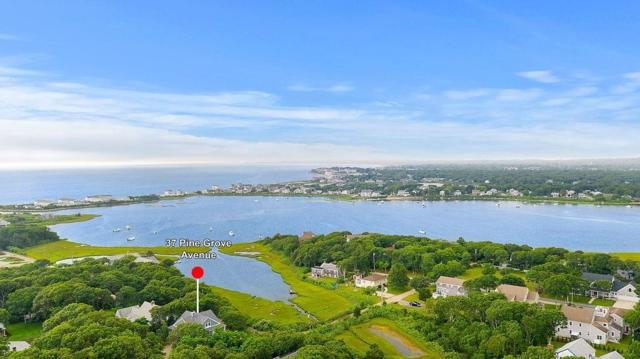37 Pine Grove Ave, Falmouth, MA 02536 (MLS #72541849) :: Kinlin Grover Real Estate