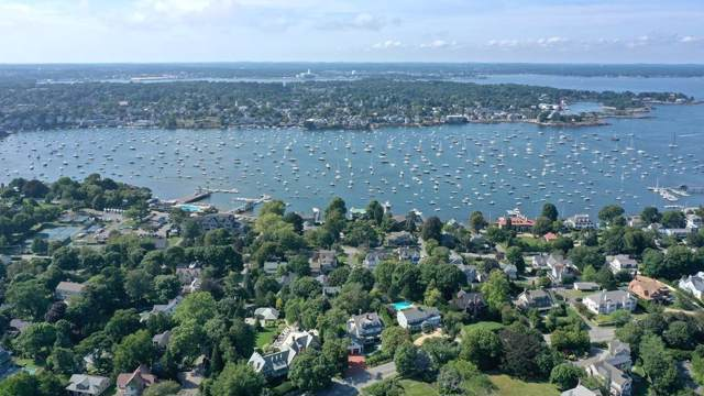 24 Lee Street B-5, Marblehead, MA 01945 (MLS #72542296) :: Kinlin Grover Real Estate