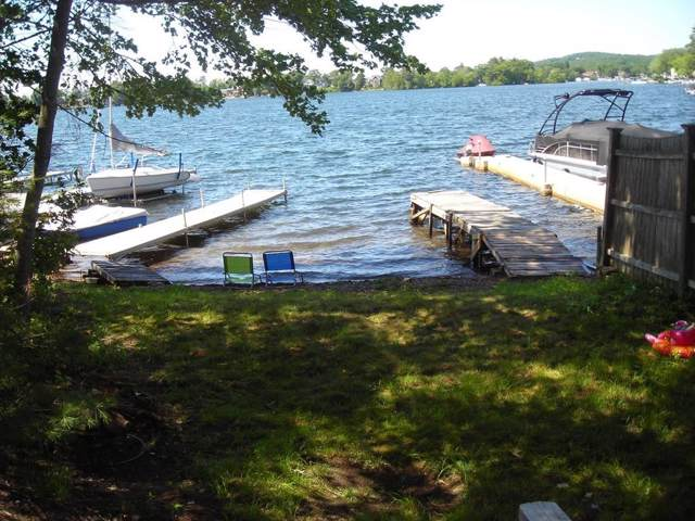 20 Indian Ln, Webster, MA 01570 (MLS #72555556) :: Compass