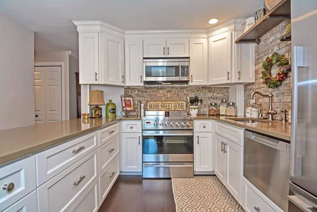 29 Highland Ct #29, Needham, MA 02492 (MLS #72587623) :: The Gillach Group