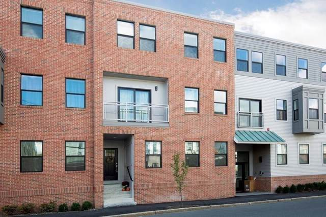 16 Boardman Street #305, Boston, MA 02128 (MLS #72592534) :: The Muncey Group