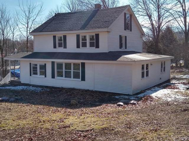 426 Amesbury Rd, Haverhill, MA 01830 (MLS #72655060) :: The Gillach Group