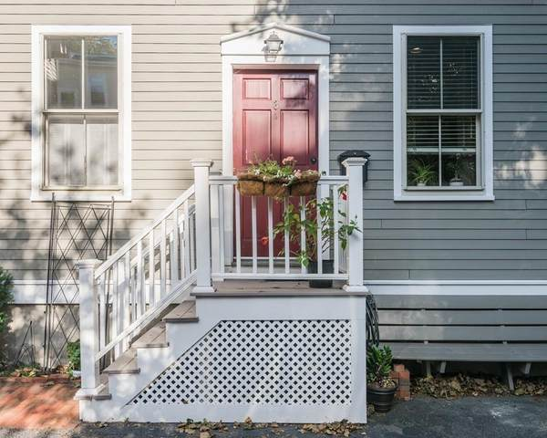 26 White Place #3, Brookline, MA 02445 (MLS #72661632) :: The Seyboth Team