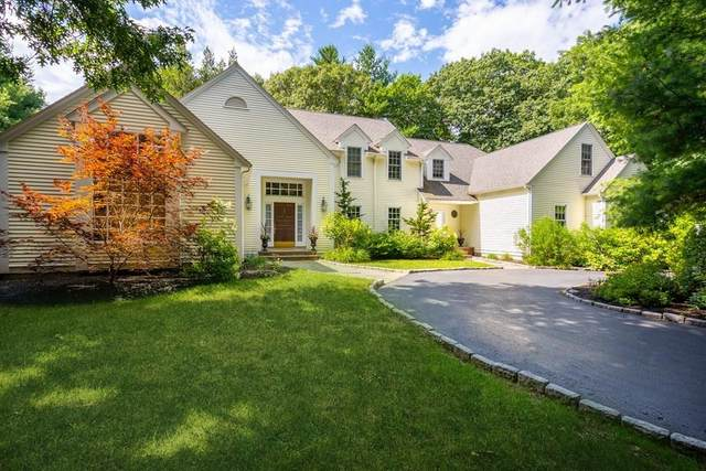 500 South Ave, Weston, MA 02493 (MLS #72676725) :: Alex Parmenidez Group