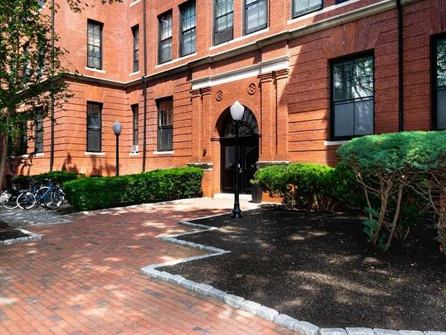 25 Atherton Street #27, Somerville, MA 02143 (MLS #72679927) :: The Seyboth Team