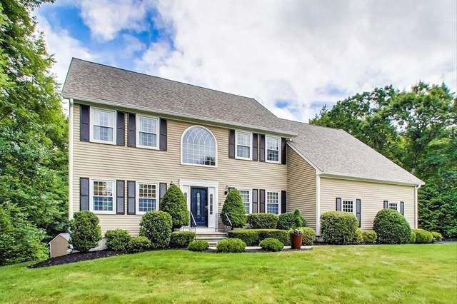 10 Hunters Run, Franklin, MA 02038 (MLS #72685729) :: Welchman Real Estate Group