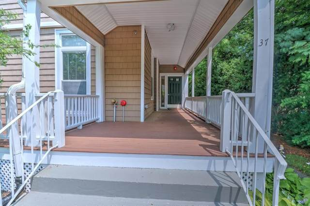 37 Walnut Place #2, Newton, MA 02460 (MLS #72689388) :: Berkshire Hathaway HomeServices Warren Residential